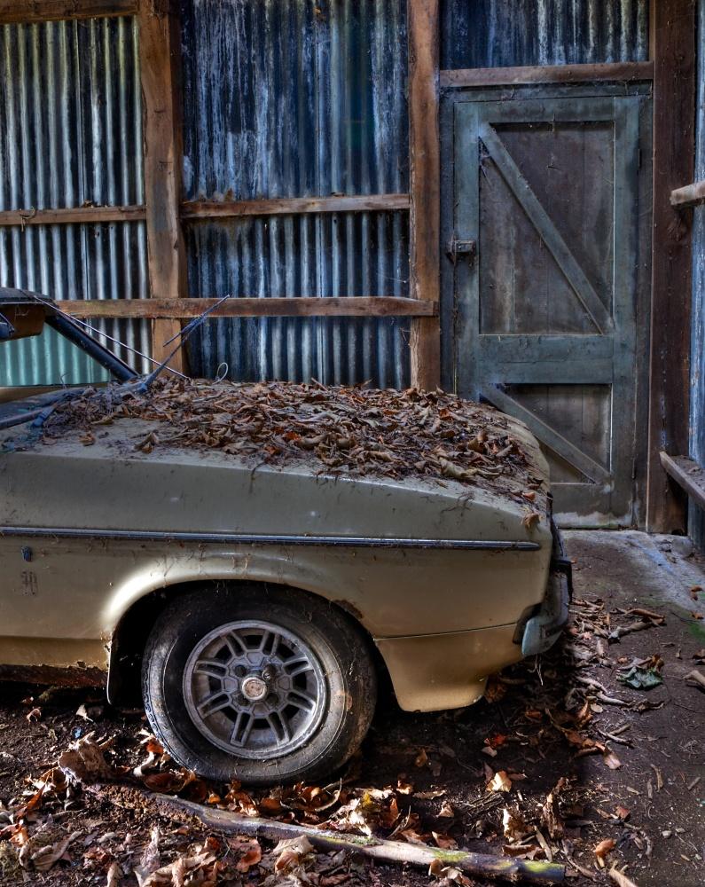 Ford Capri in decay (3/6)