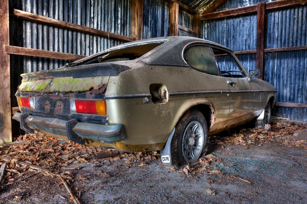 Ford Capri in decay (6/6)