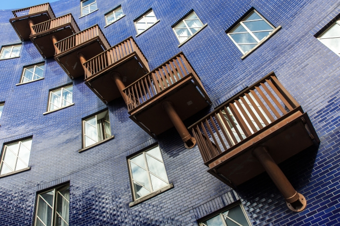 Balconies near The Circle, Bermondsey, London. Canon 40D + 17-55mm f2.8 IS
