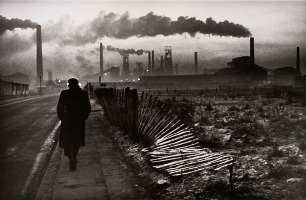 Book review: 100 Photos de Don McCullin