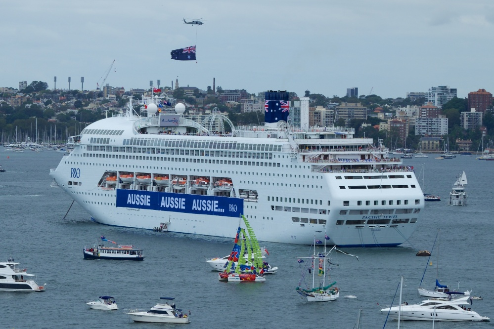 Australia Day on Sydney Harbour (2/5)